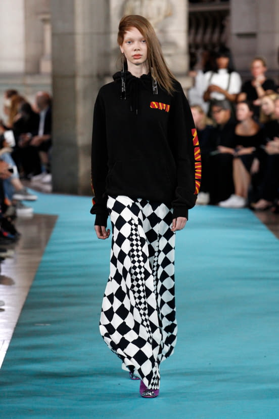 Off-White look 32 - S/S 17