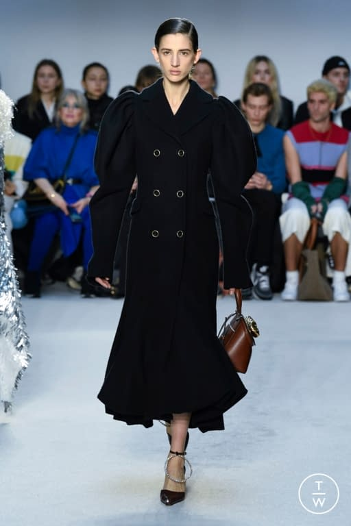 JW Anderson look 29 - FW20