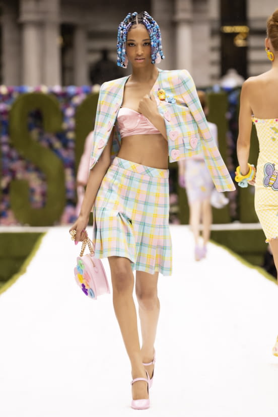 Moschino look 35 - SS22