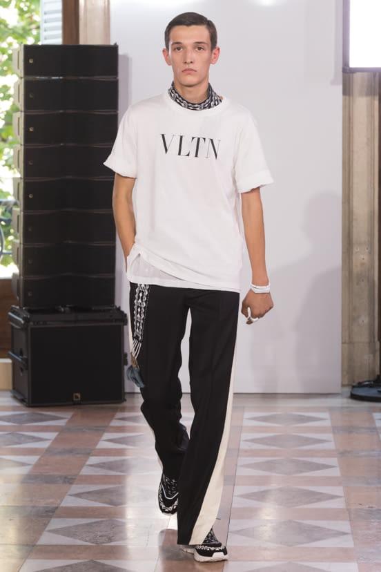 Valentino look 47 - S/S 18