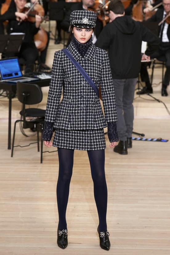 Chanel Métiers d'Art look 16 - PF18