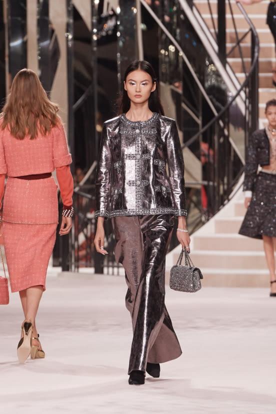 Chanel Métiers d'Art look 38 - PF20