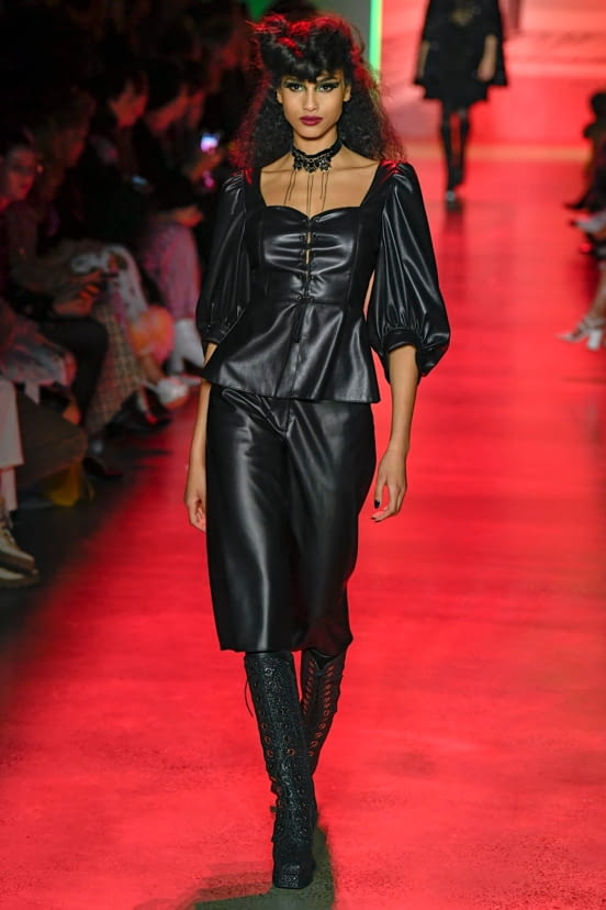 Anna Sui look 16 - FW20