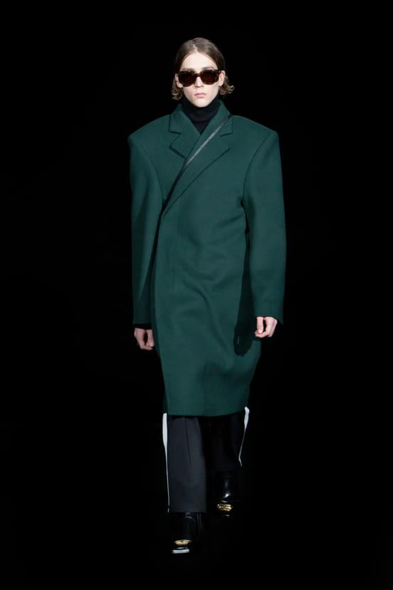 Balenciaga look 18 - FW19