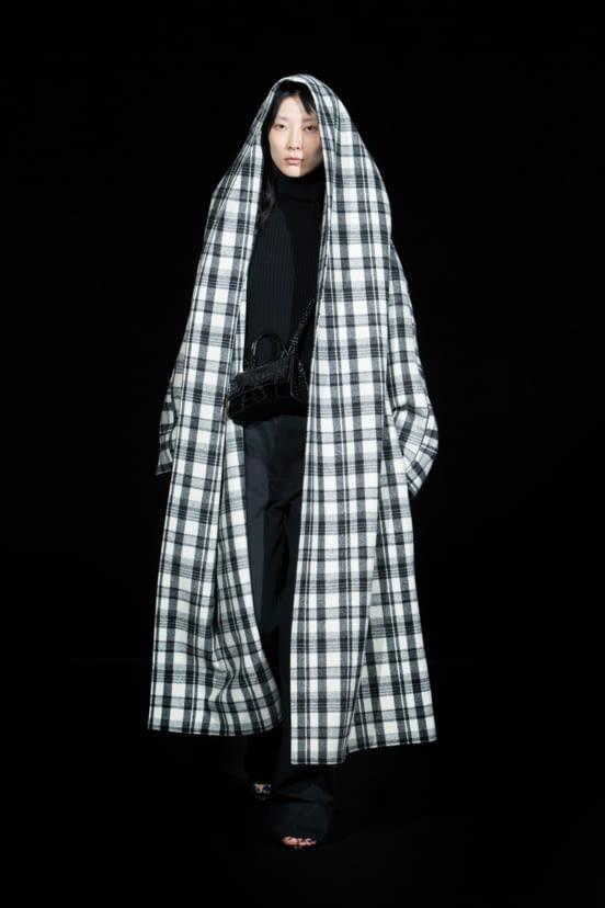 Balenciaga look 72 - FW19