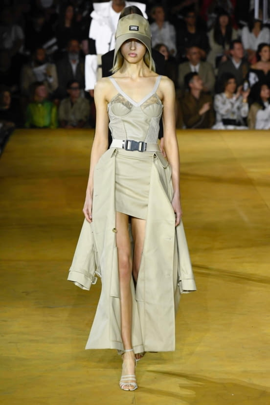 Burberry look 52 - SS20