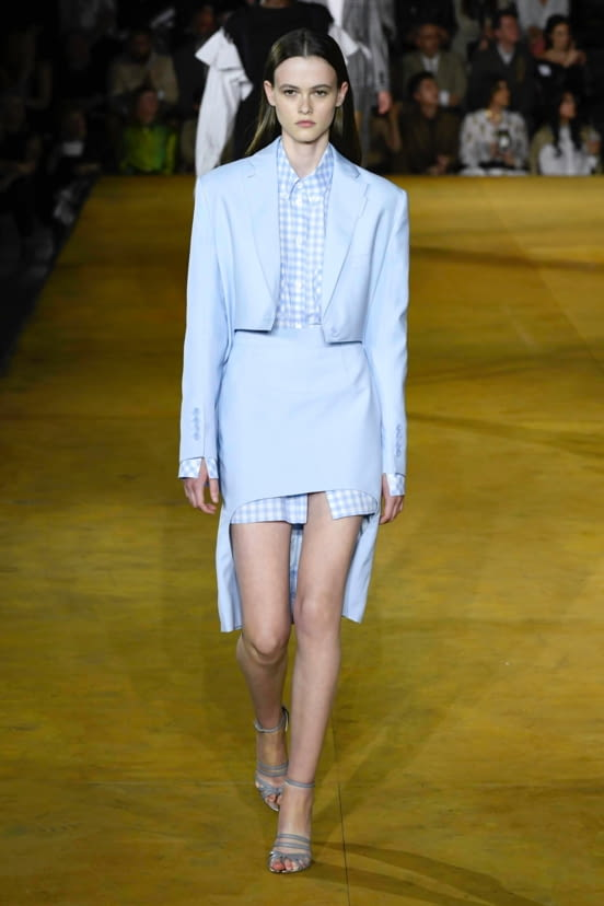 Burberry look 77 - SS20