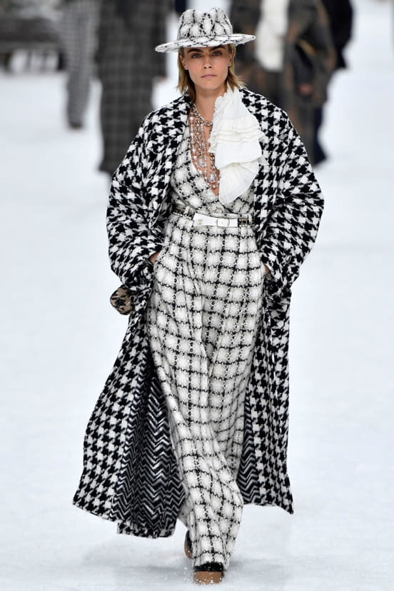 Chanel look 1 - FW19
