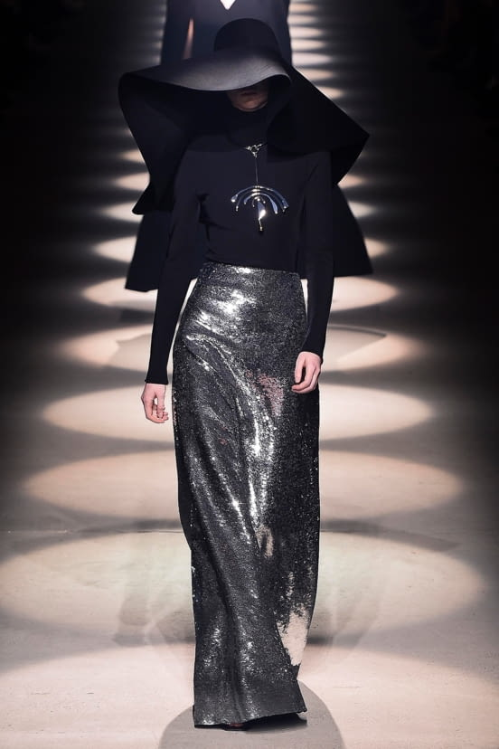 Givenchy look 32 - FW20