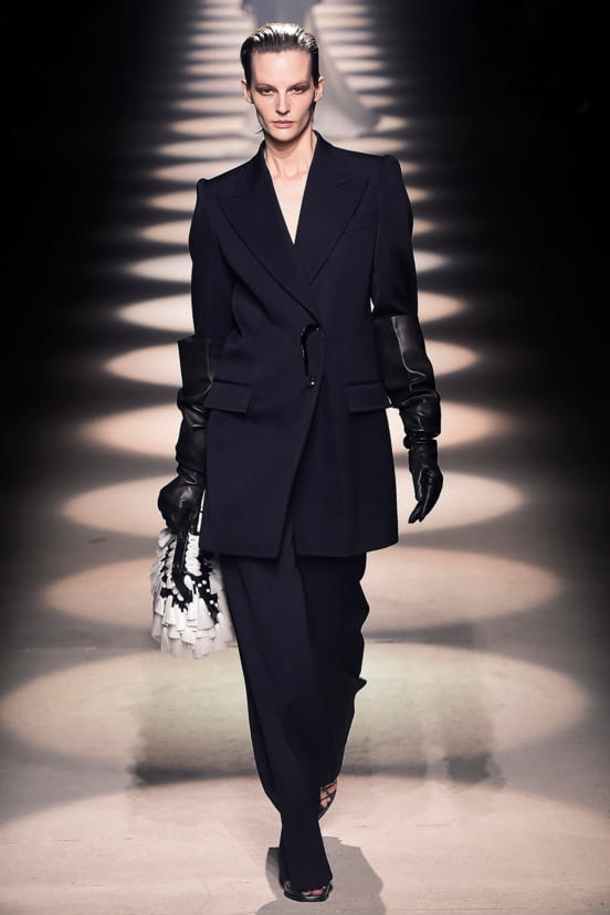 Givenchy look 42 - FW20