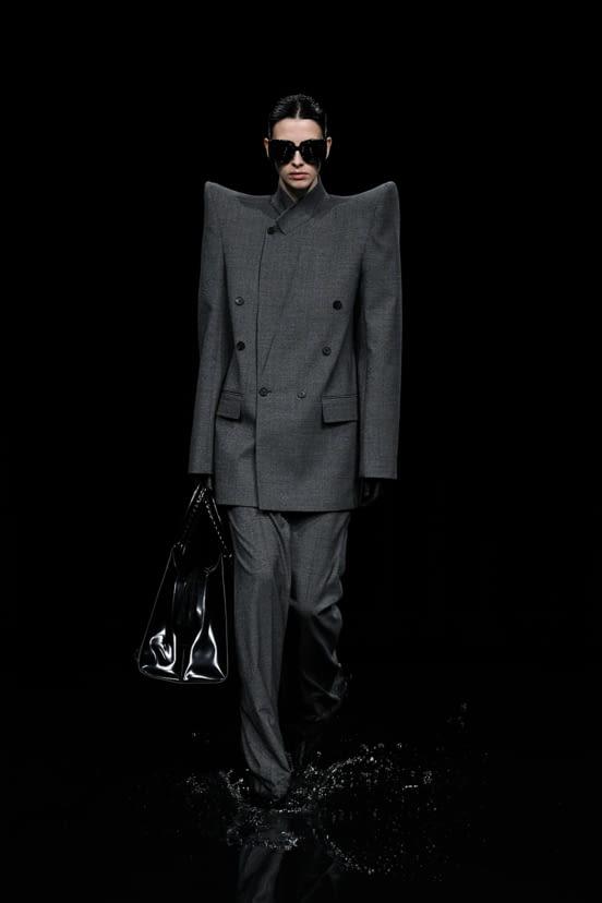 Balenciaga look 87 - FW20