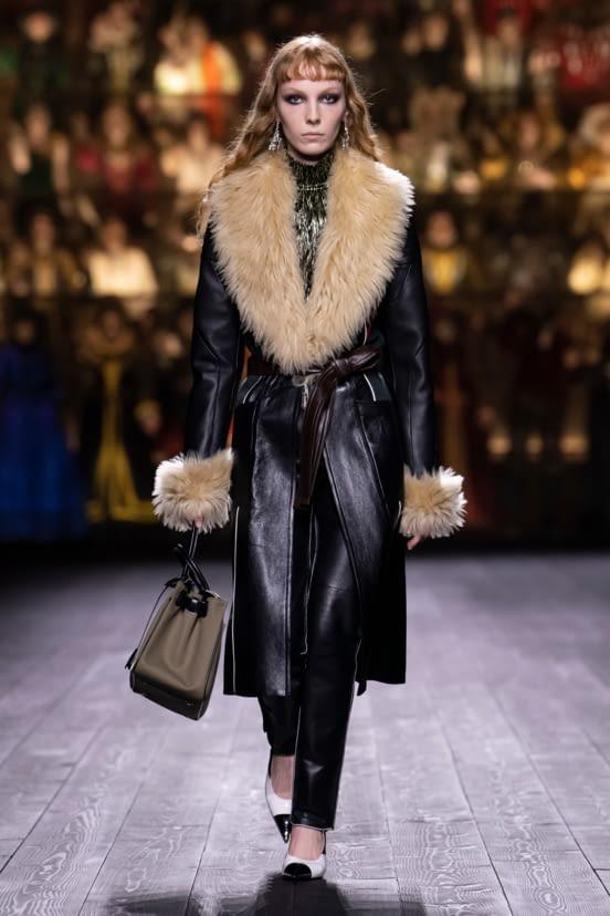Louis Vuitton look 23 - FW20