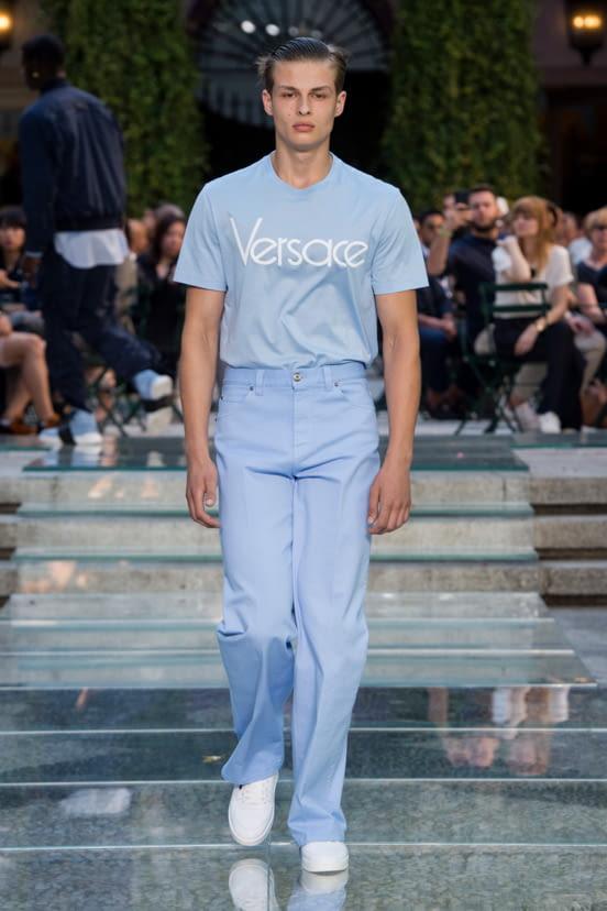 Versace look 19 - S/S 18