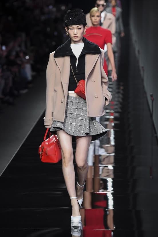 Versace look 29 - FW20