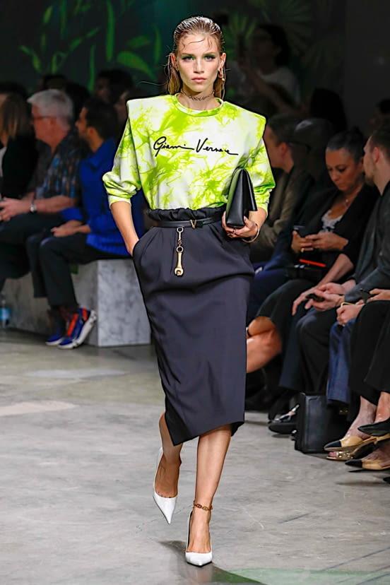 Versace look 24 - SS20