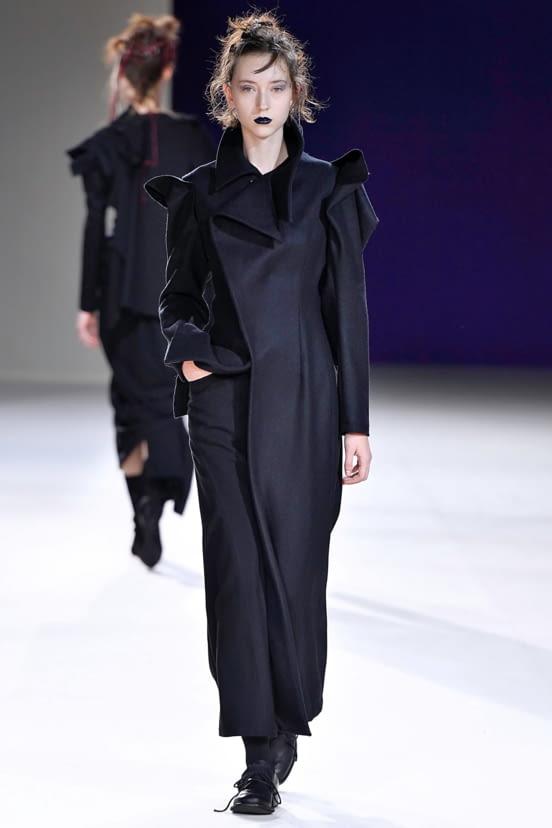 Yohji Yamamoto look 2 - FW19
