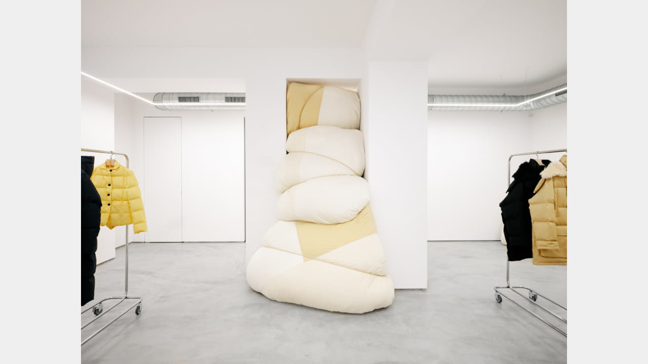JIL SANDER LAUNCHES MILAN'S VIA SANT'ANDREA LOCATION AS AN INSTALLATION SPACE illustration 5