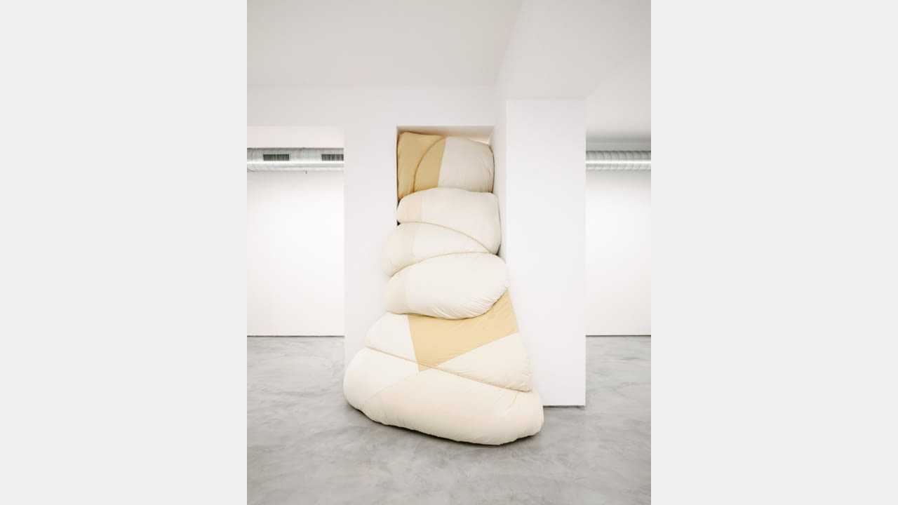 JIL SANDER LAUNCHES MILAN'S VIA SANT'ANDREA LOCATION AS AN INSTALLATION SPACE illustration 6