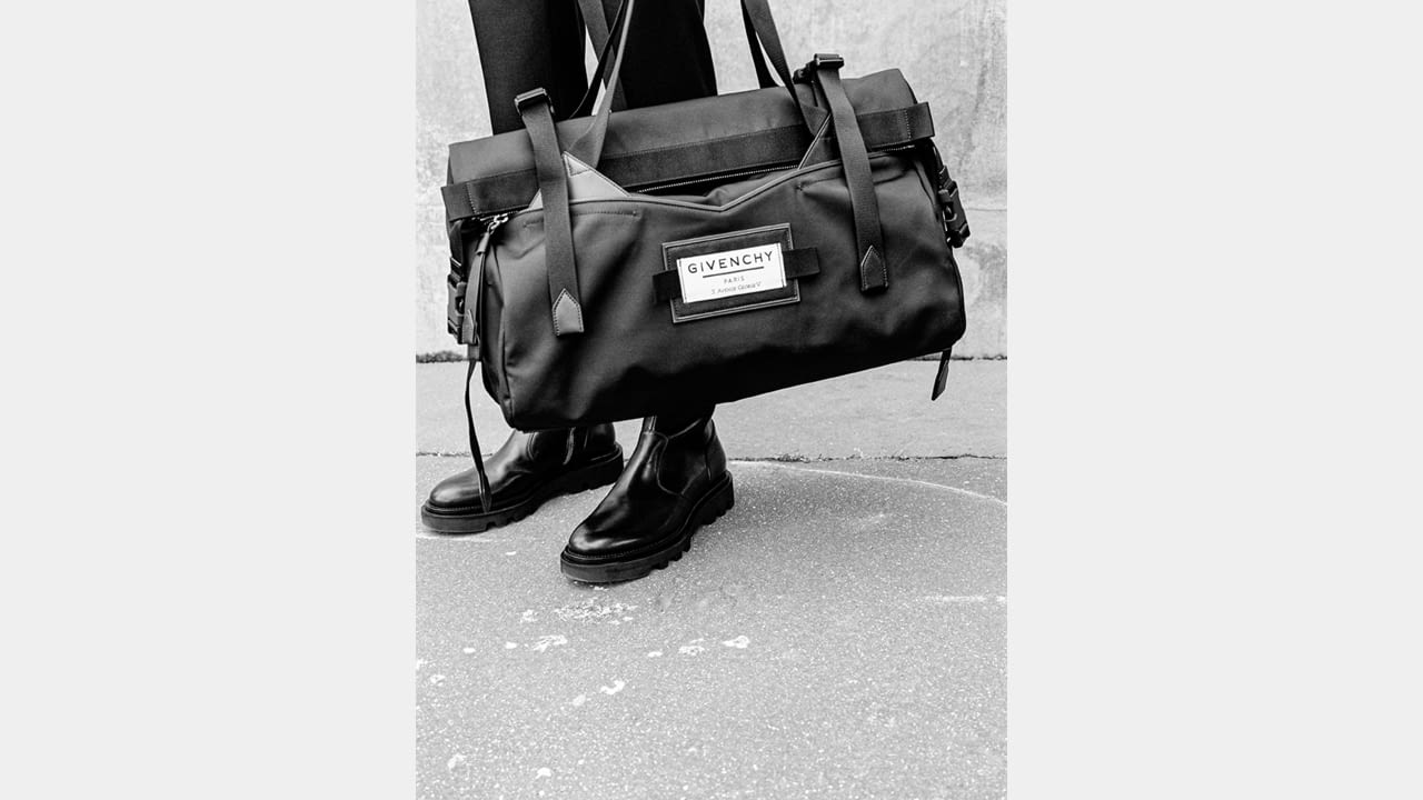 """THE HOUSE OF GIVENCHY PRESENTS """"GIVENCHY DOWNTOWN"""", A NEW CAPSULE COLLECTION OF FUNCTIONAL, TRAVEL-FRIENDLY URBAN ACCESSORIES illustration 2"""