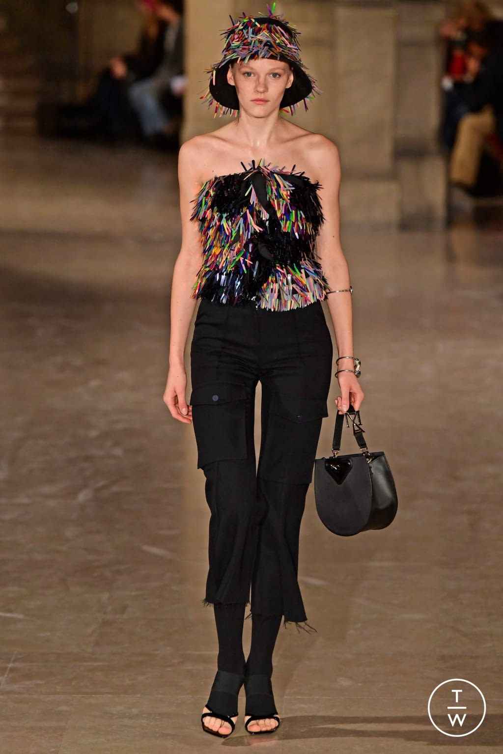 Fashion Week Paris Spring/Summer 2019 look 19 from the Masha Ma collection 女装
