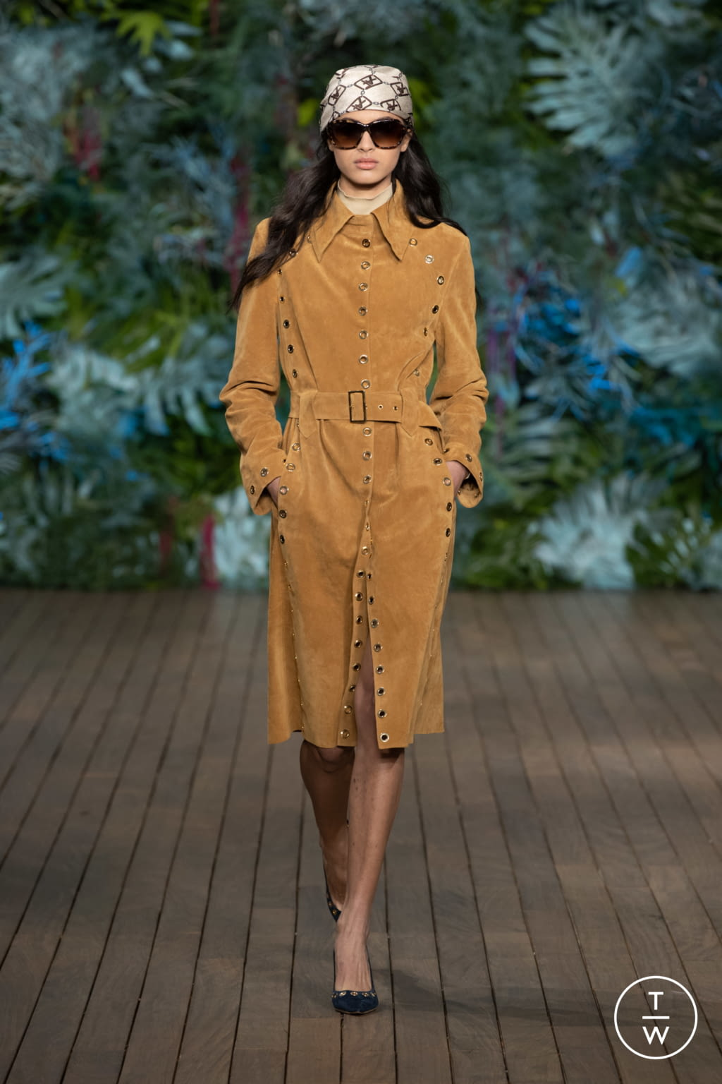 Fashion Week Milan Resort 2020 look 2 from the Alberta Ferretti collection womenswear
