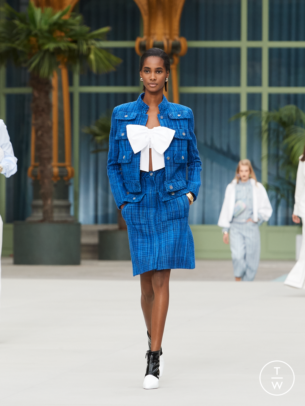 Fashion Week Paris Resort 2020 look 40 from the Chanel collection womenswear