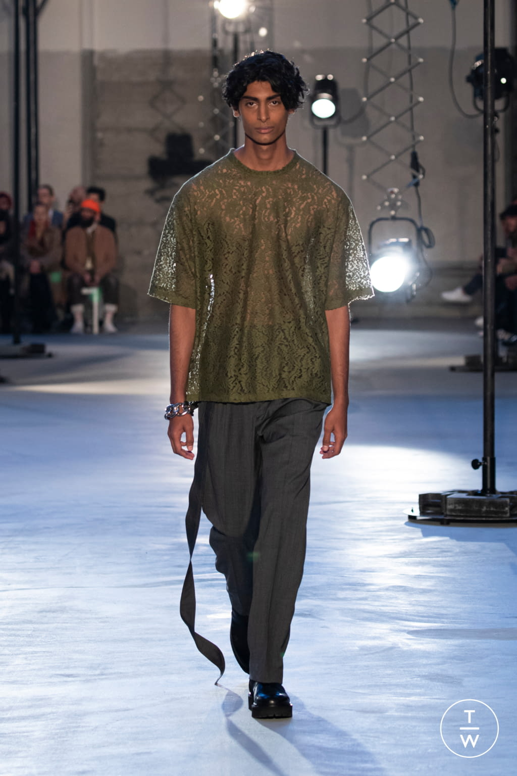 Fashion Week Milan Fall/Winter 2020 look 7 from the N°21 collection menswear