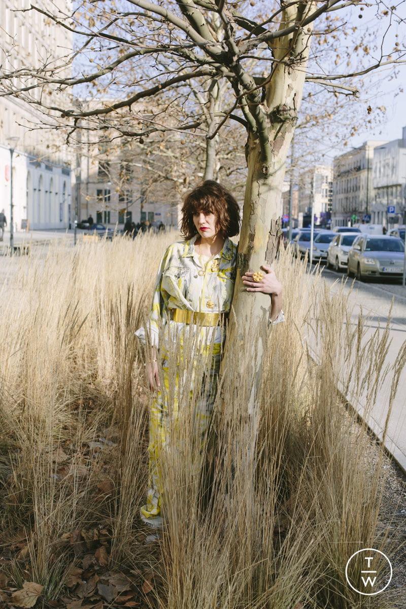Fashion Week Paris Spring/Summer 2020 look 25 from the ELLA ZUBROWSKA collection womenswear accessories