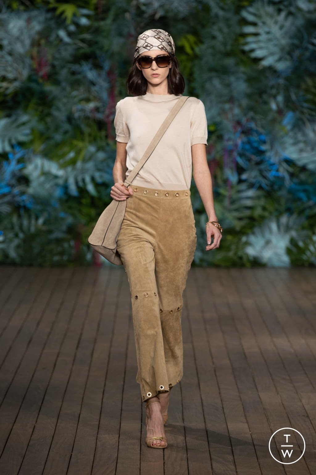 Fashion Week Milan Resort 2020 look 8 from the Alberta Ferretti collection 女装