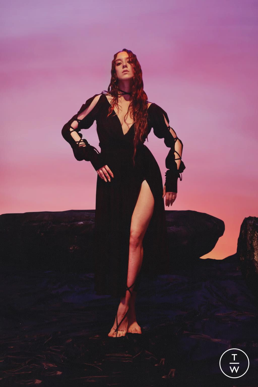 Fashion Week Paris Spring/Summer 2022 look 10 from the Di Petsa collection womenswear
