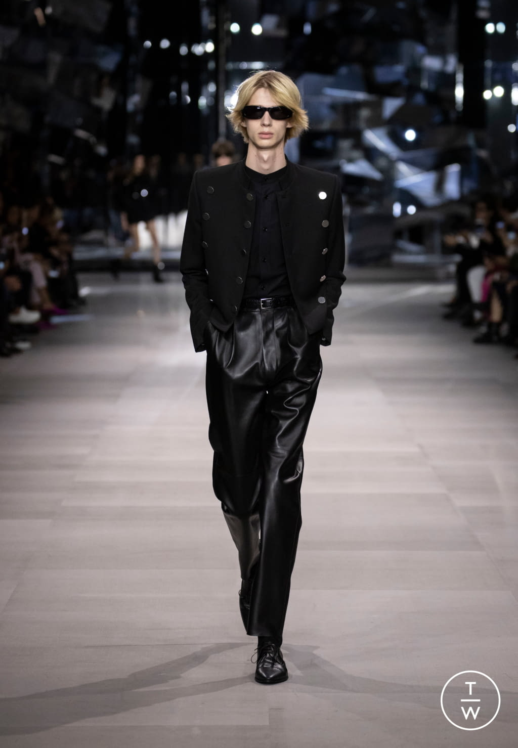 Fashion Week Paris Spring/Summer 2019 look 10 from the Celine collection womenswear