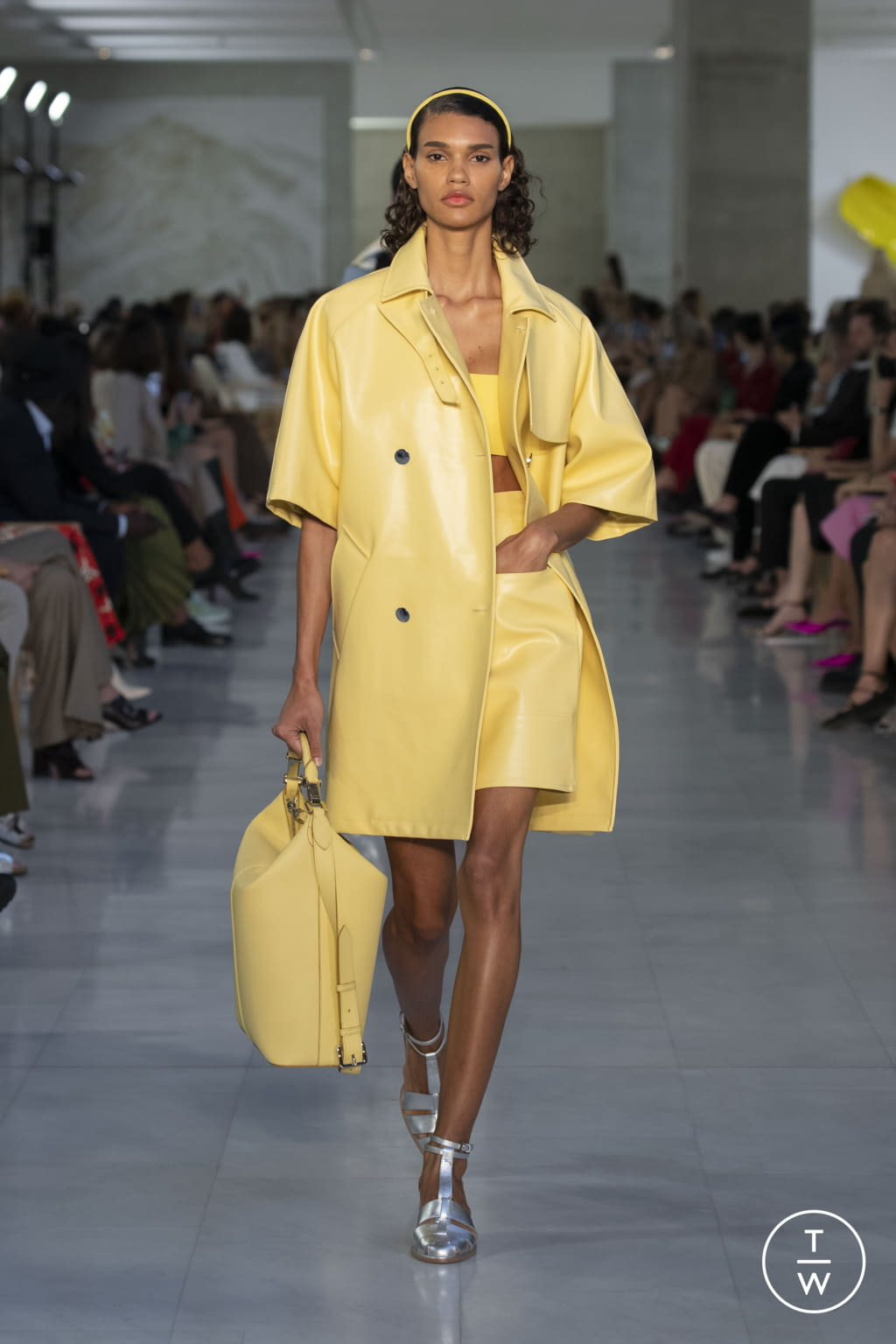 Fashion Week Milan Spring/Summer 2022 look 10 from the Max Mara collection womenswear