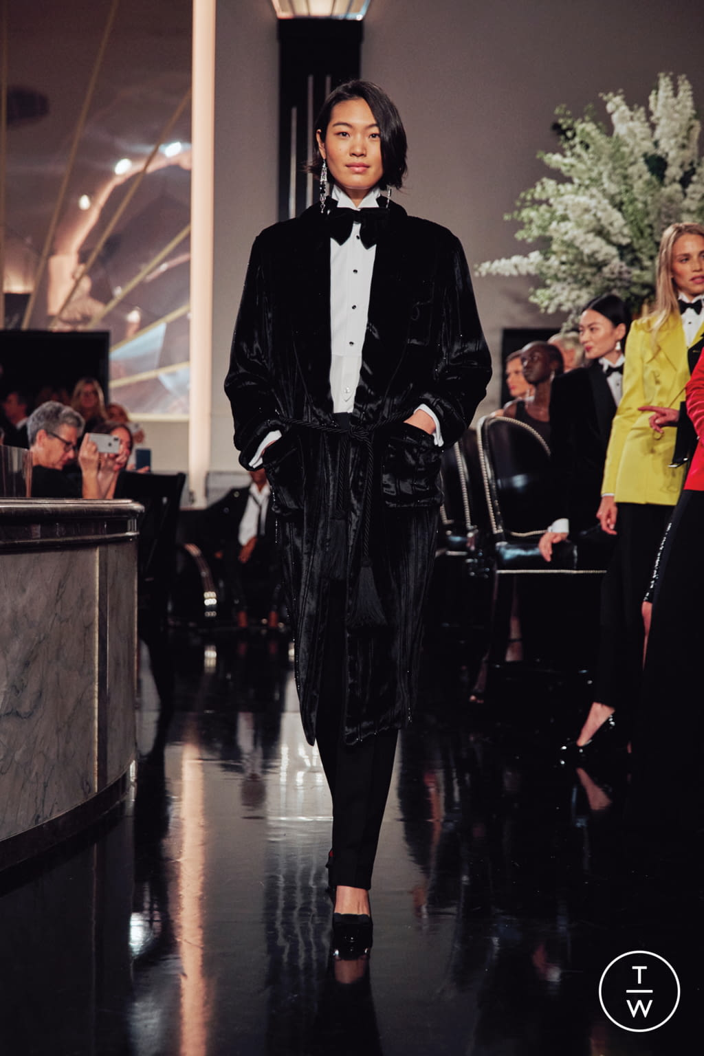 Fashion Week New York Fall/Winter 2019 look 15 from the Ralph Lauren collection womenswear