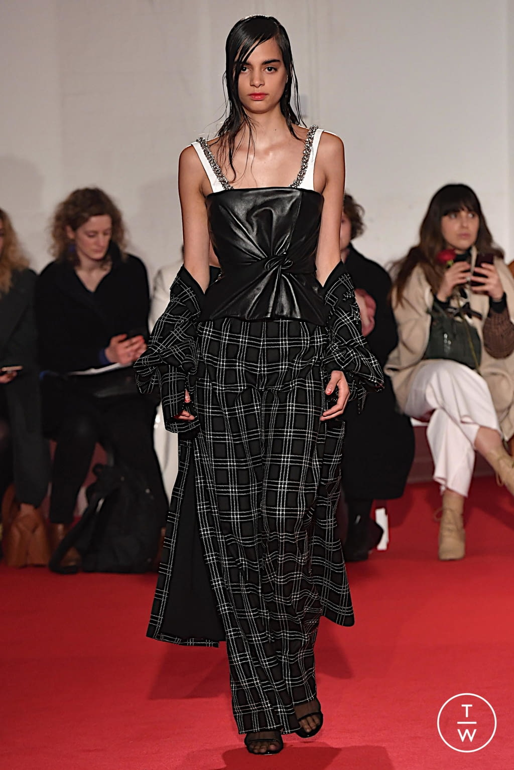 Fashion Week London Fall/Winter 2020 look 22 from the 16 Arlington collection womenswear