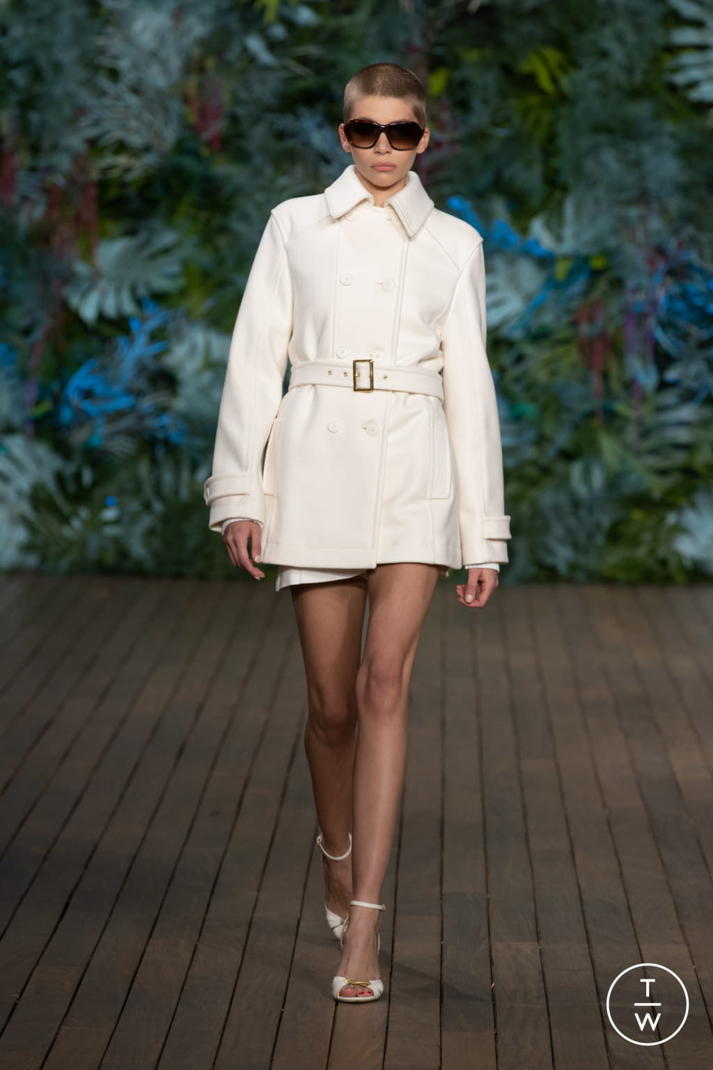 Fashion Week Milan Resort 2020 look 17 from the Alberta Ferretti collection womenswear