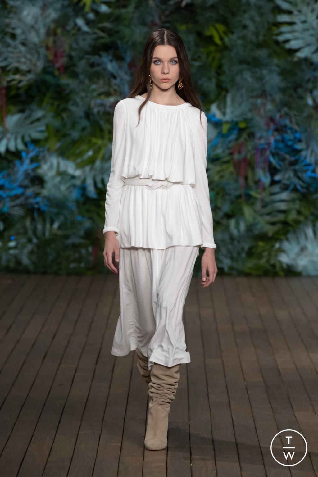 Fashion Week Milan Resort 2020 look 18 from the Alberta Ferretti collection womenswear