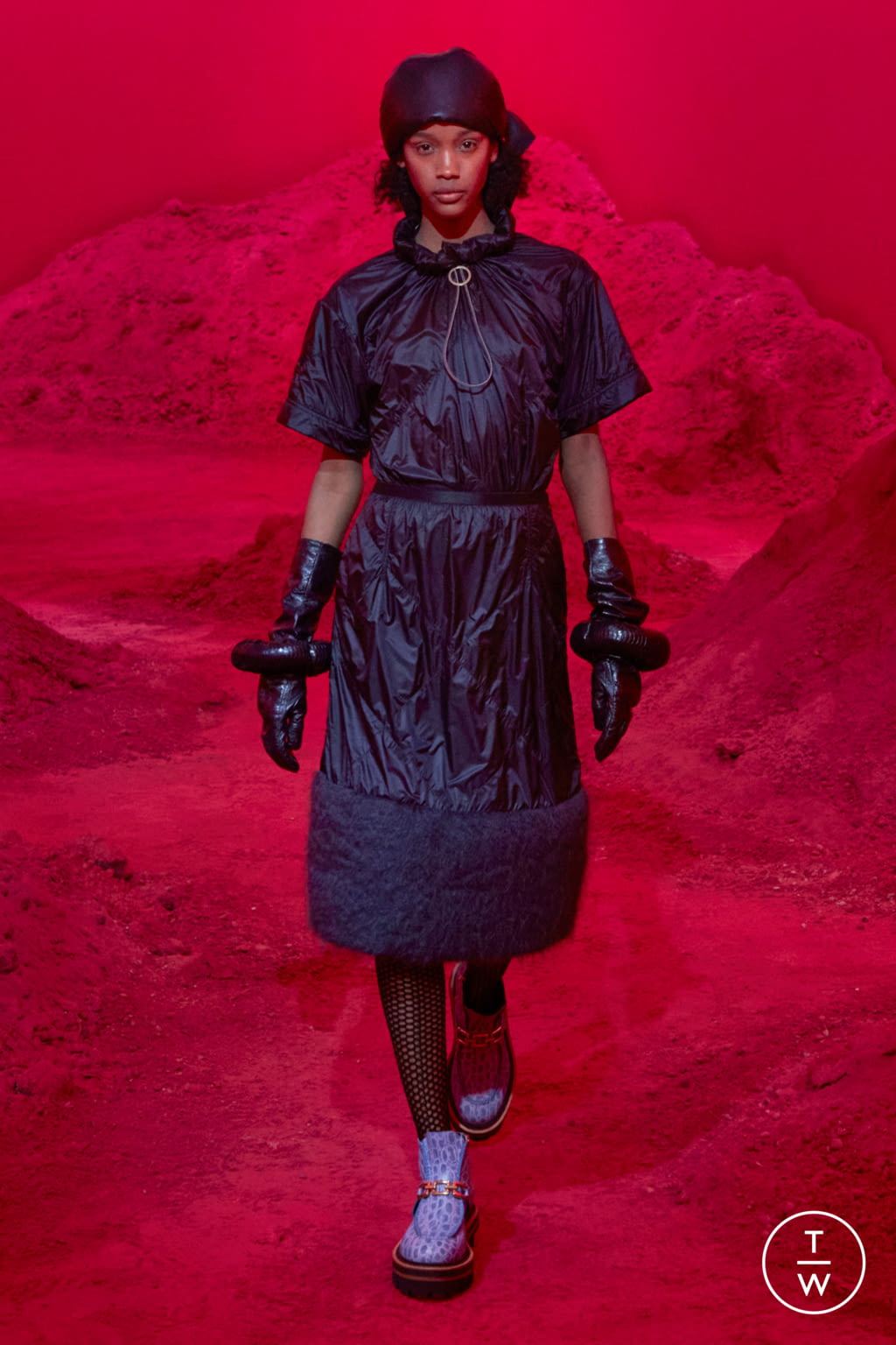 Fashion Week Milan Fall/Winter 2020 look 1 from the 2 Moncler 1952 collection womenswear