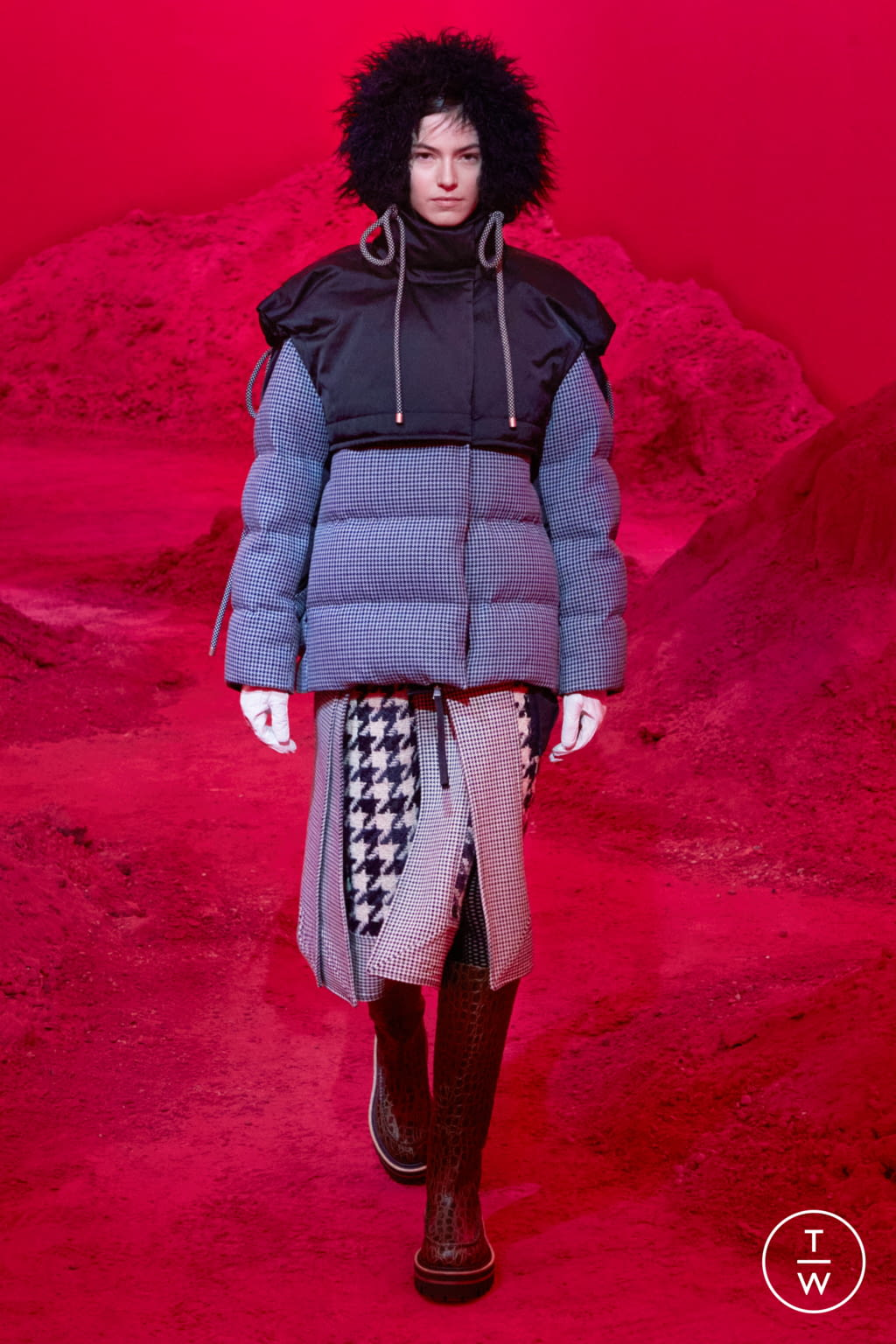 Fashion Week Milan Fall/Winter 2020 look 14 from the 2 Moncler 1952 collection womenswear
