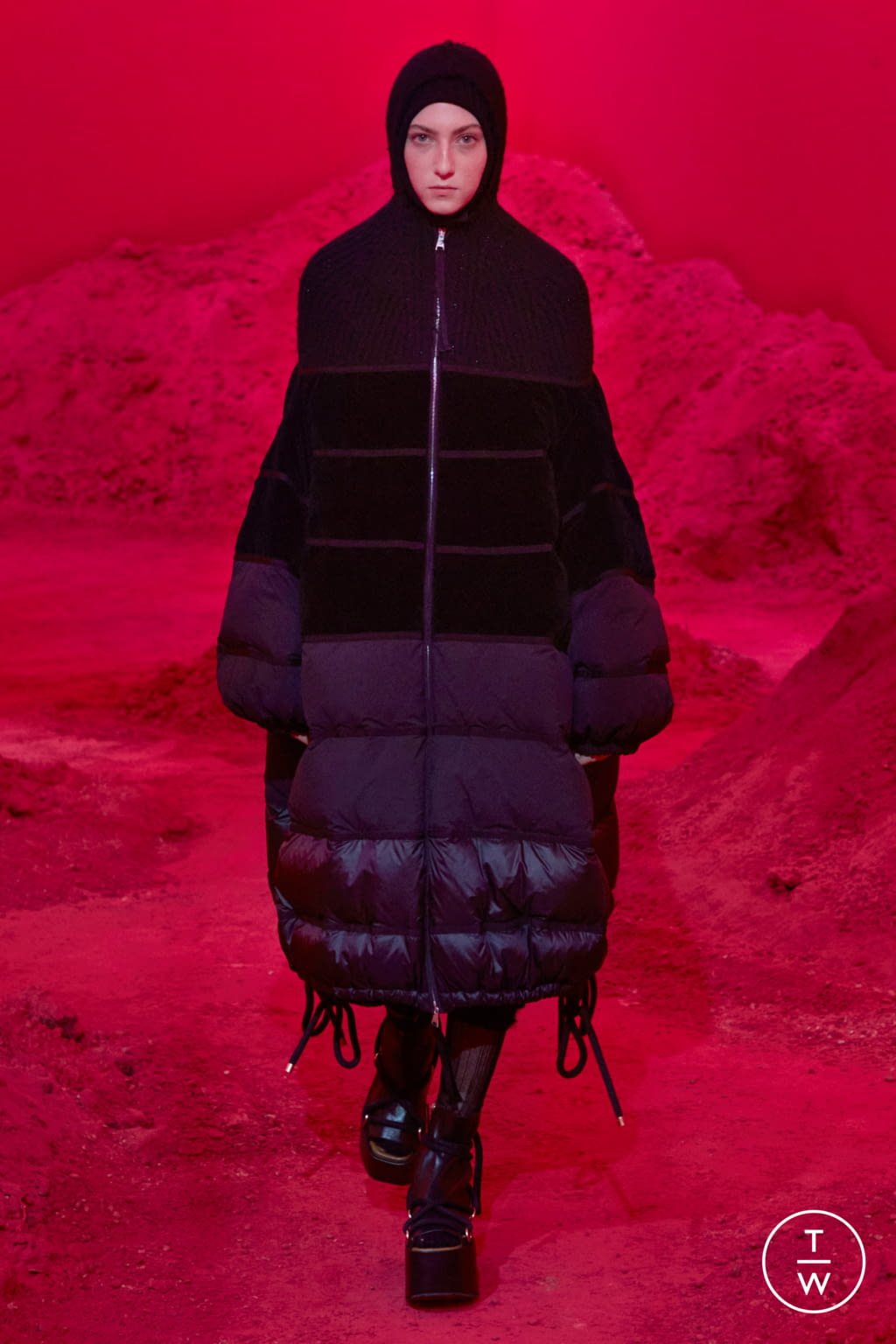 Fashion Week Milan Fall/Winter 2020 look 18 from the 2 Moncler 1952 collection womenswear