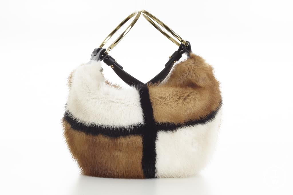 Perceptivo combustible líder  Salvatore Ferragamo F/W 16 womenswear accessories #12 - The Fashion Search  Engine - TAGWALK