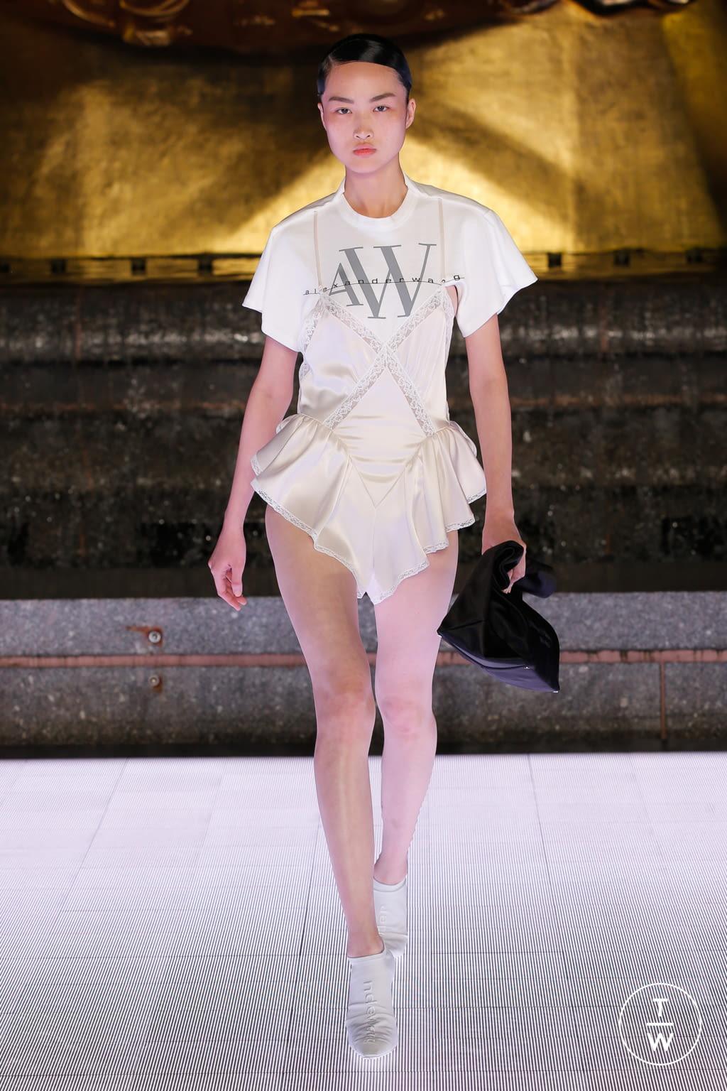 Scarpe Sposa Alexander Wang.Alexander Wang Ss20 Womenswear 29 The Fashion Search Engine