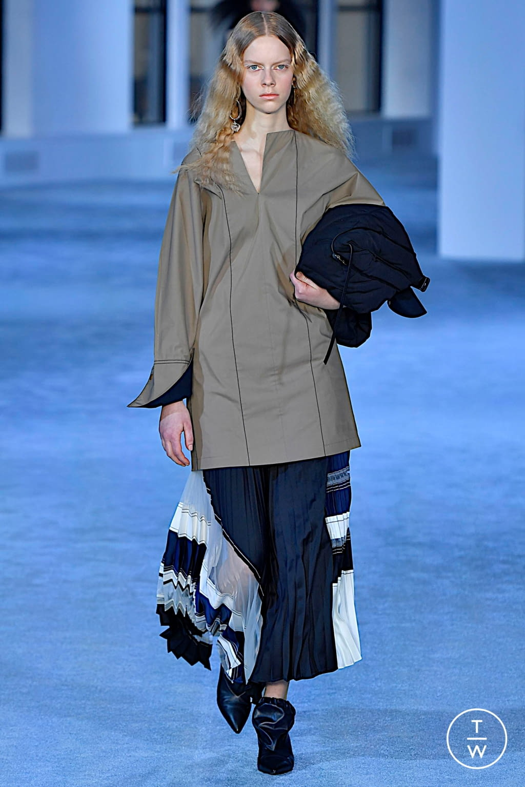 Fashion Week New York Fall/Winter 2019 look 16 from the 3.1 Phillip Lim collection womenswear
