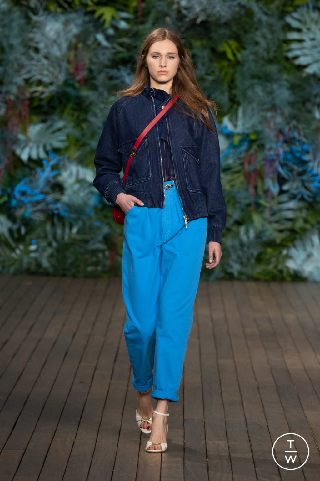 Fashion Week Milan Resort 2020 look 30 from the Alberta Ferretti collection womenswear
