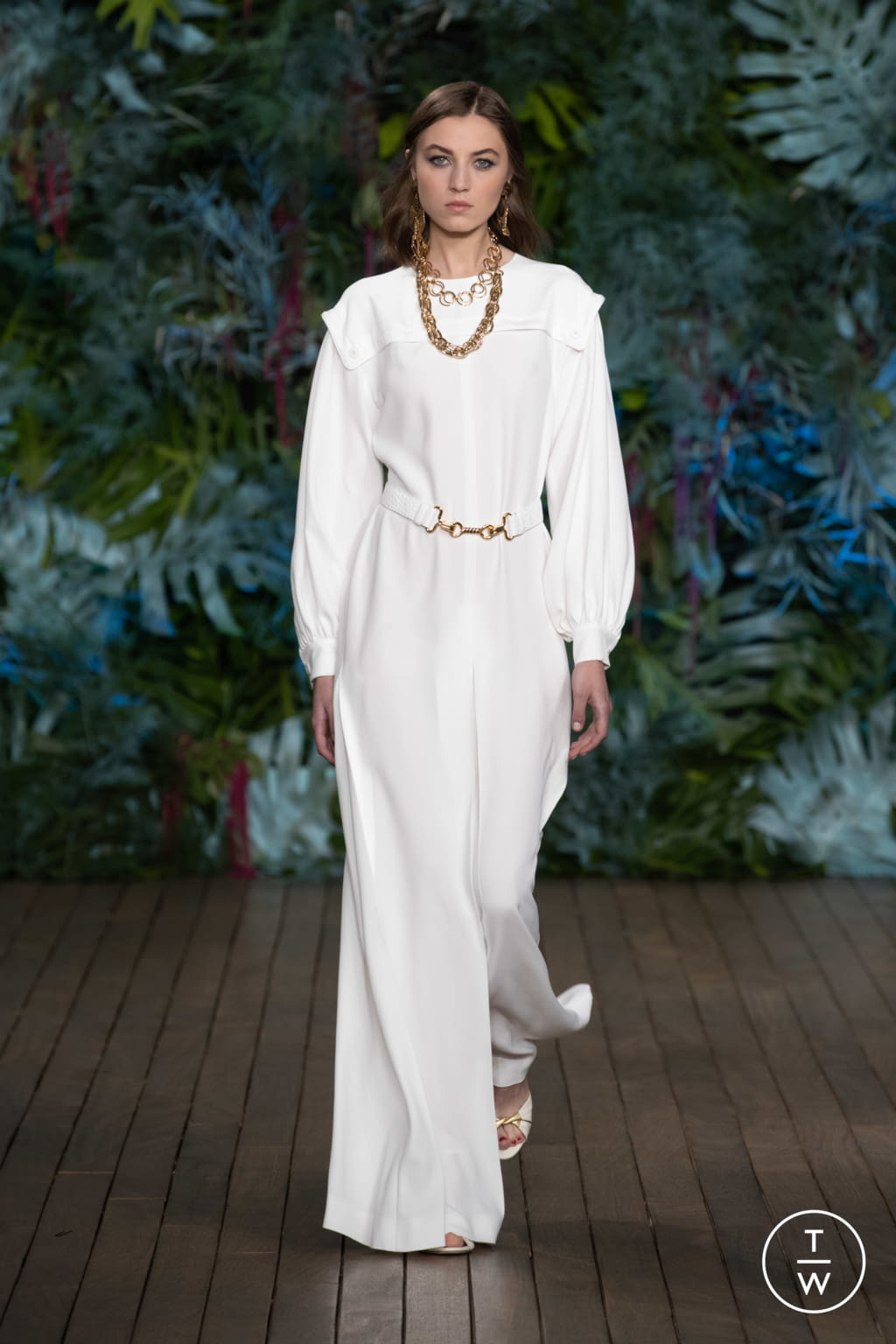 Fashion Week Milan Resort 2020 look 33 from the Alberta Ferretti collection womenswear