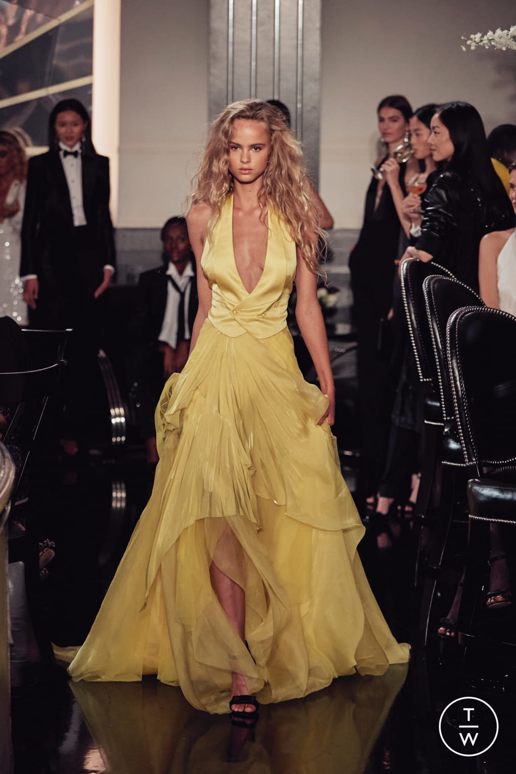 Fashion Week New York Fall/Winter 2019 look 34 from the Ralph Lauren collection womenswear