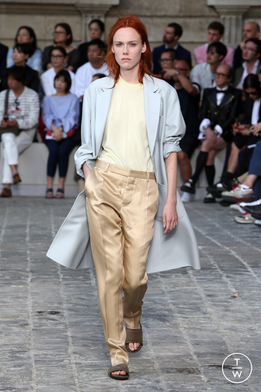 Fashion Week Paris Spring/Summer 2018 look 34 from the Berluti collection menswear
