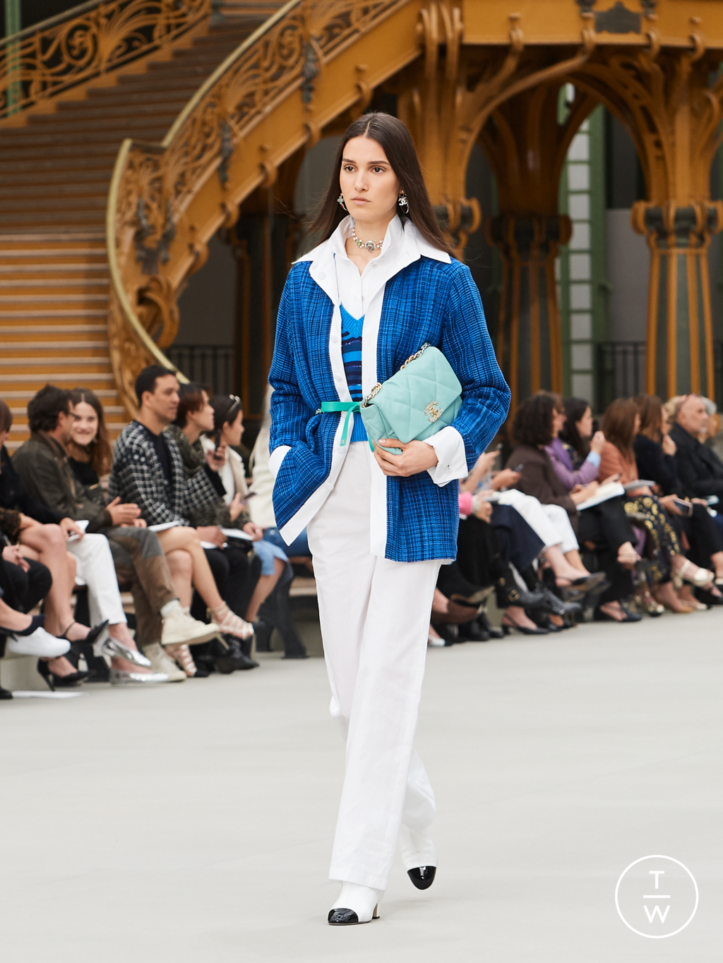 Fashion Week Paris Resort 2020 look 39 from the Chanel collection womenswear