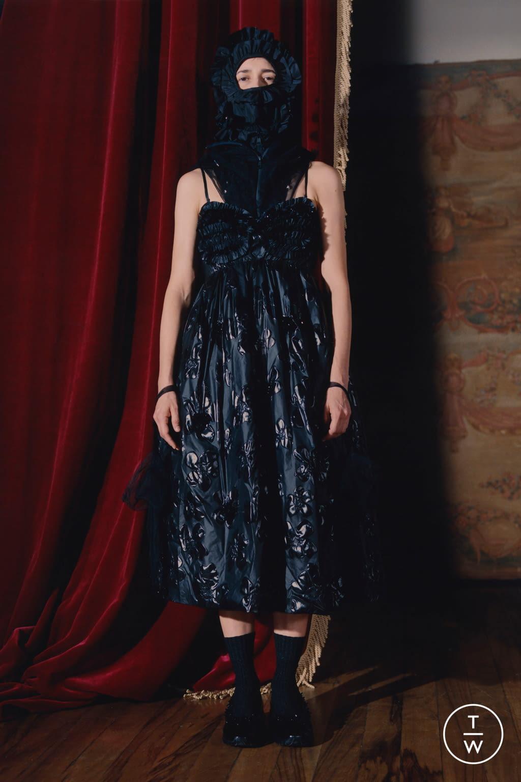 Fashion Week Milan Fall/Winter 2020 look 11 from the 4 Moncler Simone Rocha collection womenswear