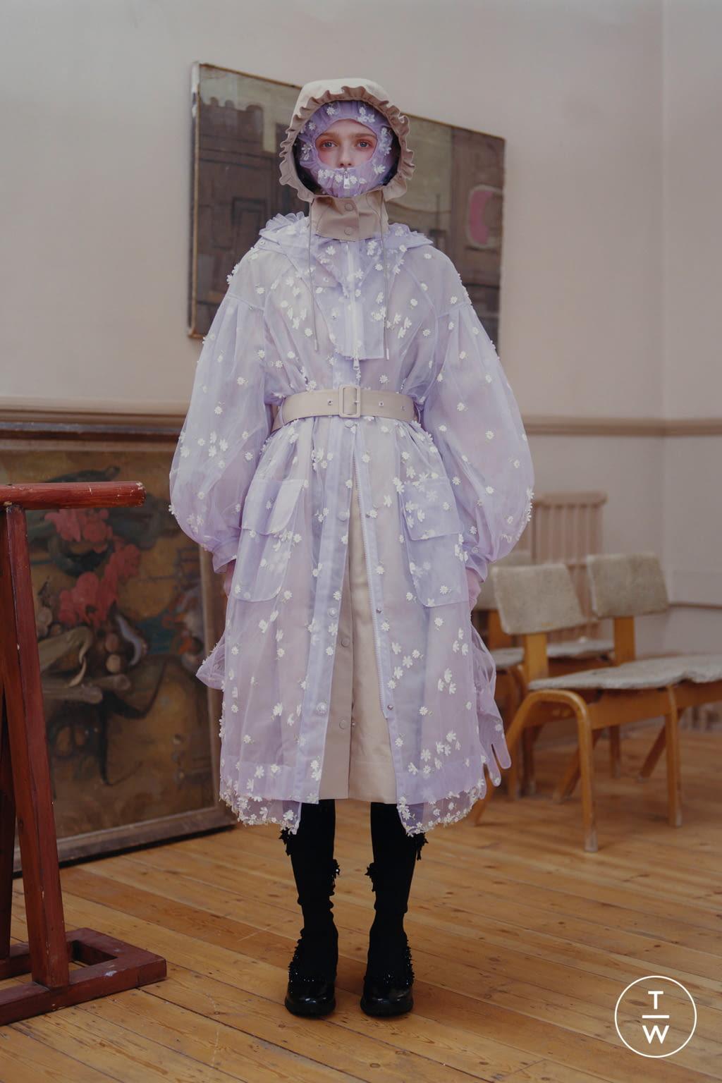 Fashion Week Milan Fall/Winter 2020 look 15 de la collection 4 Moncler Simone Rocha womenswear