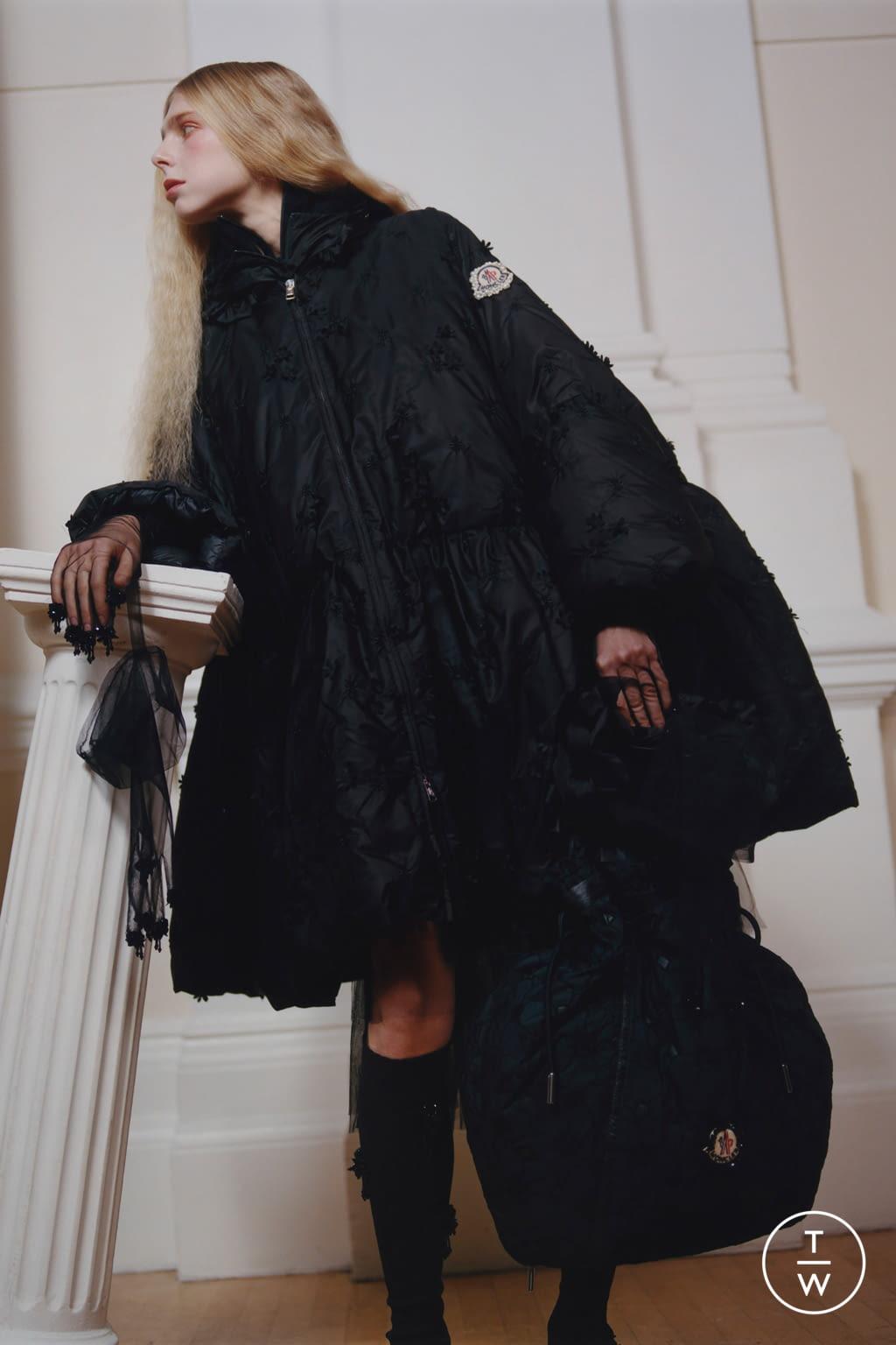 Fashion Week Milan Fall/Winter 2020 look 21 from the 4 Moncler Simone Rocha collection womenswear
